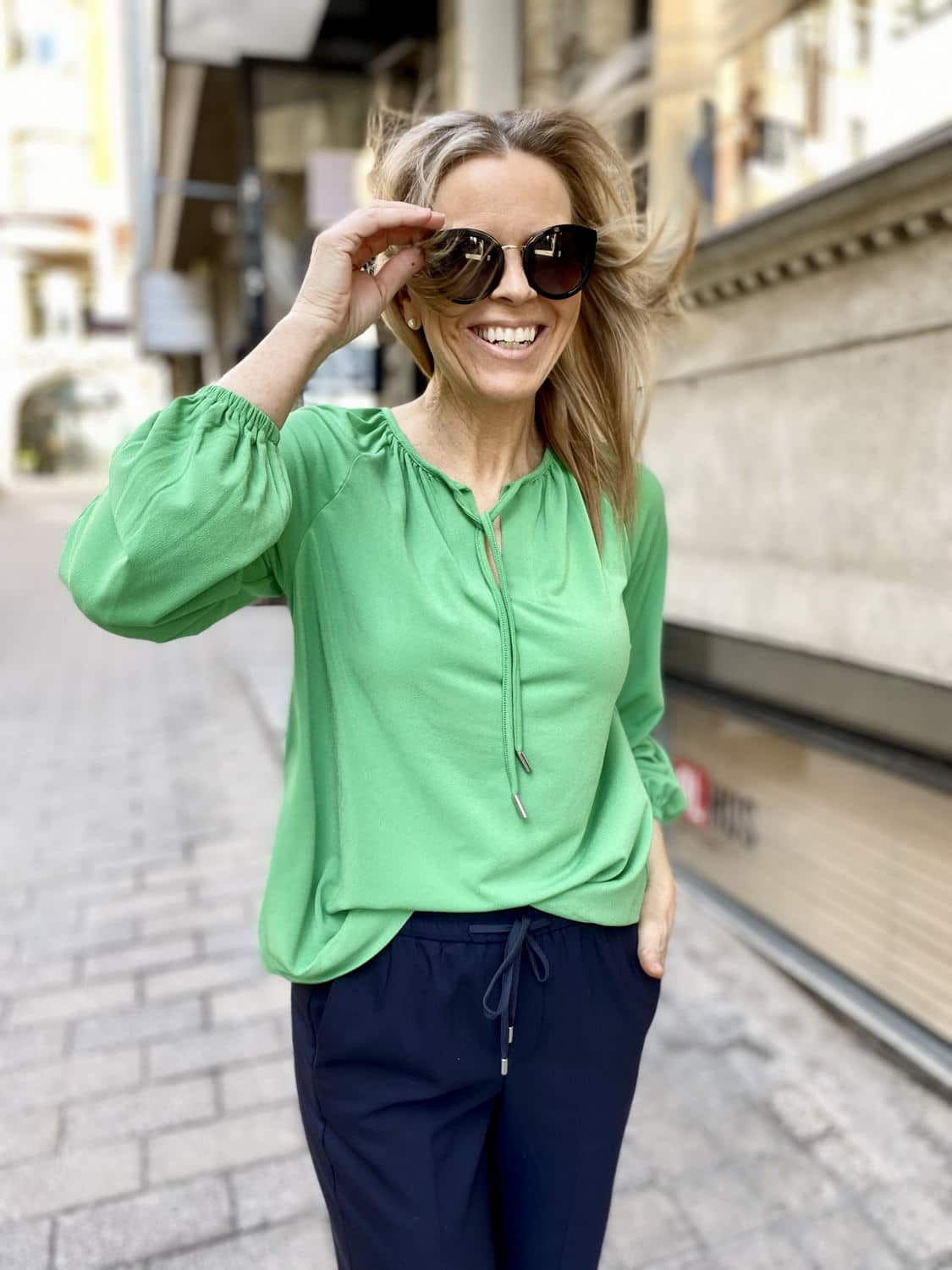 Let's keep our outfit simple -20%