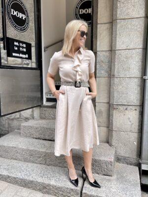 Fyrrykauluksinen Lottie mekko